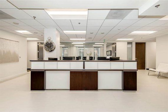 Titan Offices - 811 Wilshire